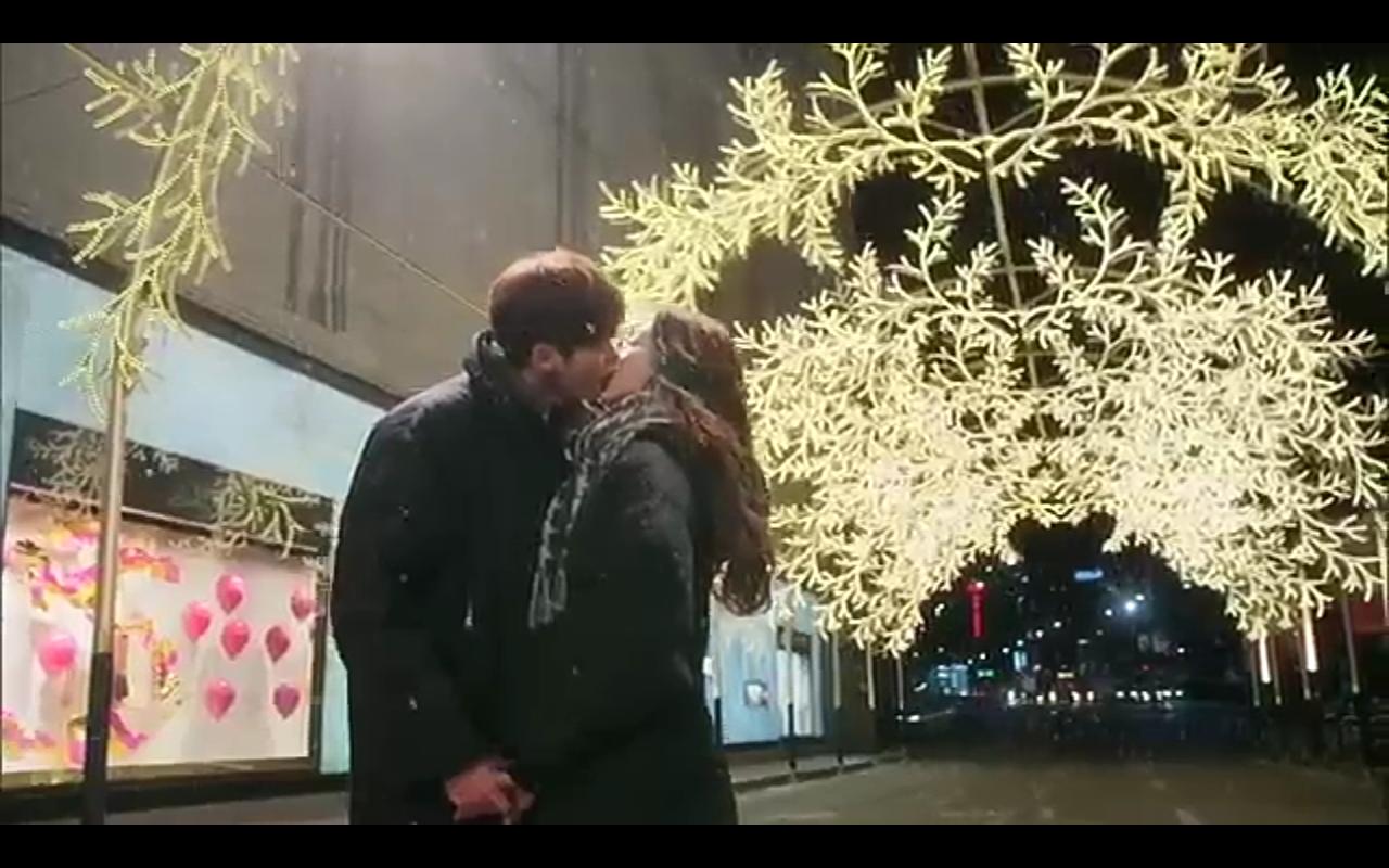 Favorite Kisses: Pinocchio Winter Street Kiss | Kdrama Kisses