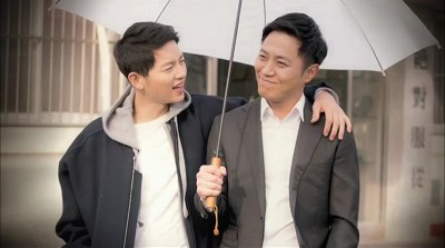 Descendants of the Sun Korean Drama - Song Joong Ki and Jin Goo