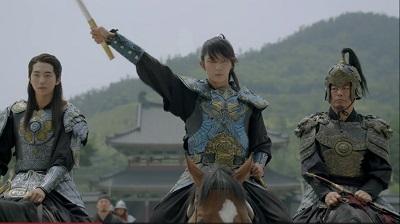 scarlet-heart-nam-joo-hyuk-lee-joon-gi-sung-dong-il-2