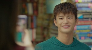 shopping-king-louie-seo-in-guk-28