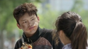 shopping-king-louie-seo-in-guk-8