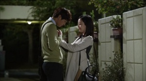 good-doctor-joo-won-and-moon-chae-won-11