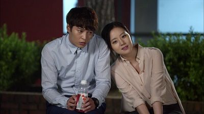 good-doctor-joo-won-and-moon-chae-won-7