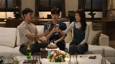 Reunited Worlds Korean Drama - Yeo Jin Goo, Lee Yeon Hee, and Ahn Jae Hyun