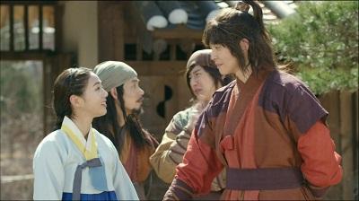 Rebel Thief Who Stole the People Korean Drama - Yoon Kyun Sang and Chae Soo Bin
