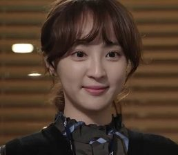 "Jung Hye Sung Considering Lead Role in ""Cheap Cheonlima Mart"