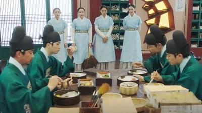 Rookie Historian Goo Hae Ryung Korean Drama - Shin Se Kyung