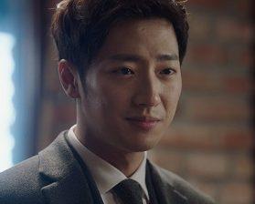 No One But a Madman Korean Drama - Lee Sang Yeob